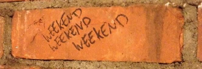 cropped-brick_weekend.jpg